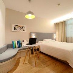 Отель Hanting Hotel Shenzhen Zhuzilin Китай, Шэньчжэнь - отзывы, цены и фото номеров - забронировать отель Hanting Hotel Shenzhen Zhuzilin онлайн комната для гостей фото 4
