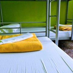 Yellow Nest Hostel Barcelona Кровать в общем номере с двухъярусной кроватью фото 9