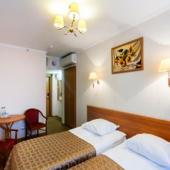 Гостиница Аструс - Центральный Дом Туриста, Москва 4* Стандартный номер с 2 отдельными кроватями фото 3