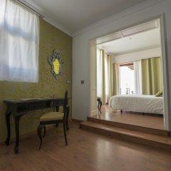 Hotel Capri 3* Улучшенный номер с различными типами кроватей фото 10