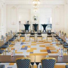 Отель Crowne Plaza Brussels - Le Palace фото 3