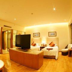Отель Mingshen Golf & Bay Resort Sanya 4* Люкс с различными типами кроватей