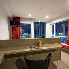 At Patong Hotel 4* Номер Делюкс двуспальная кровать фото 12