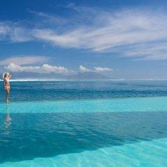 Отель Manava Suite Resort Tahiti пляж