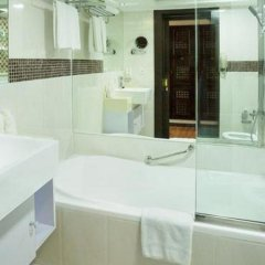 Arabian Courtyard Hotel & Spa 4* Номер Classic с различными типами кроватей