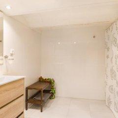 Отель LetsGo Paseo de Gracia Испания, Барселона - отзывы, цены и фото номеров - забронировать отель LetsGo Paseo de Gracia онлайн ванная