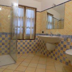 Отель B&B Locanda Del Mulino Италия, Боргомаро - отзывы, цены и фото номеров - забронировать отель B&B Locanda Del Mulino онлайн ванная фото 2