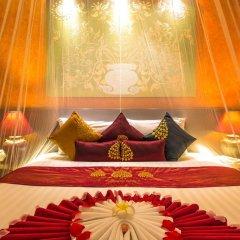 Tanawan Phuket Hotel 3* Улучшенный номер с двуспальной кроватью фото 9