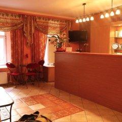 Гостиница Central Inn - Атмосфера интерьер отеля фото 2