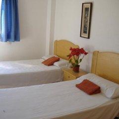 Отель Hostal Casa De Huéspedes San Fernando - Adults Only Стандартный номер с различными типами кроватей фото 12