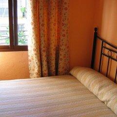 Отель Pension Catedral 2* Стандартный номер с двуспальной кроватью (общая ванная комната) фото 4