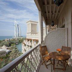 Отель Jumeirah Al Qasr - Madinat Jumeirah 5* Улучшенный номер с различными типами кроватей фото 5