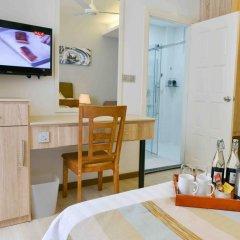 Отель Coconut Tree Hulhuvilla Beach Мале удобства в номере