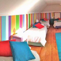 Отель Chill in Ericeira Surf House Кровать в общем номере с двухъярусной кроватью фото 4