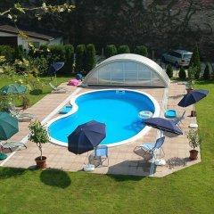 Hotel Manzard Panzio бассейн
