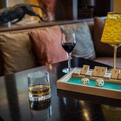Lenox Montparnasse Hotel гостиничный бар