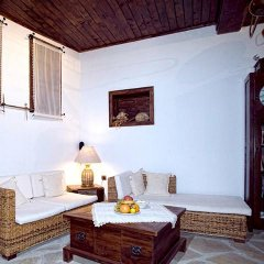 Отель Villa Fiikova Болгария, Сливен - отзывы, цены и фото номеров - забронировать отель Villa Fiikova онлайн комната для гостей фото 3