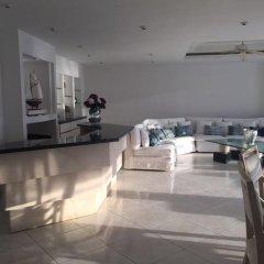 Отель Pent House Condo in Acapulco интерьер отеля