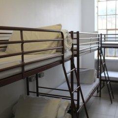 Отель Restup London Кровать в общем номере фото 17