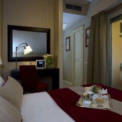 Dei Borgognoni Hotel 4* Улучшенный номер с различными типами кроватей фото 2