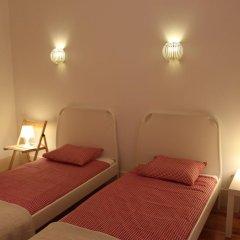 Апартаменты Lovelystay Chiado Distinctive Apartment Лиссабон комната для гостей фото 3