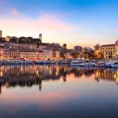 Отель Suites Cannes Croisette Франция, Канны - 2 отзыва об отеле, цены и фото номеров - забронировать отель Suites Cannes Croisette онлайн приотельная территория фото 2