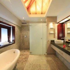 Отель Hilton Moorea Lagoon Resort and Spa 5* Бунгало с различными типами кроватей фото 6