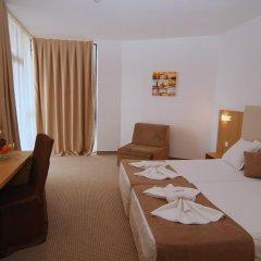 Отель Fiesta M Солнечный берег комната для гостей фото 3