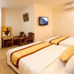Galaxy 3 Hotel 3* Улучшенный семейный номер с двуспальной кроватью фото 2