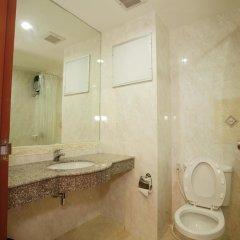 Отель Three Seasons Place ванная