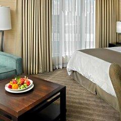 Отель Delta Hotels by Marriott Saskatoon Downtown в номере