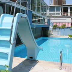 Отель Diamond Италия, Римини - отзывы, цены и фото номеров - забронировать отель Diamond онлайн бассейн фото 3