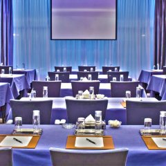 Отель The Signature at The Victory Residences Бангкок помещение для мероприятий фото 2