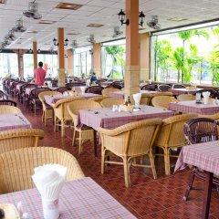 Отель Kata Palace Phuket Таиланд, Пхукет - отзывы, цены и фото номеров - забронировать отель Kata Palace Phuket онлайн питание фото 2