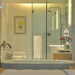 Renaissance Shanghai Yu Garden Hotel 4* Люкс с различными типами кроватей фото 5