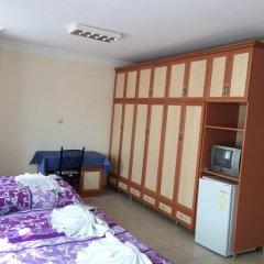 Отель Grand Aydin Otel Мерсин сейф в номере