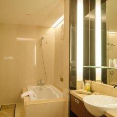 Отель AETAS lumpini ванная