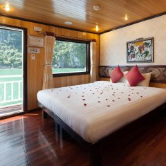 Отель Halong Legacy Legend Cruise 3* Номер Делюкс с различными типами кроватей фото 4