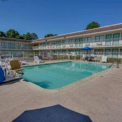Отель Motel 6 Meridian Mississippi бассейн фото 2