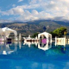 Lukka Exclusive Hotel Турция, Калкан - отзывы, цены и фото номеров - забронировать отель Lukka Exclusive Hotel - Adult Only онлайн бассейн фото 2