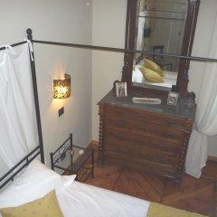 Отель Madama Cristina Bed & Breakfast Стандартный номер с различными типами кроватей фото 2
