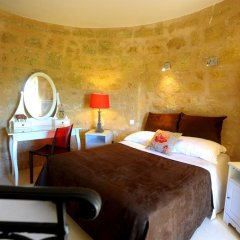 Отель Clos Moulin Du Cadet Франция, Сент-Эмильон - отзывы, цены и фото номеров - забронировать отель Clos Moulin Du Cadet онлайн комната для гостей фото 2
