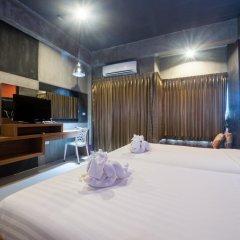 The Rubber Hotel Стандартный номер с двуспальной кроватью