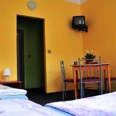 Hostel Alia Стандартный номер с различными типами кроватей (общая ванная комната) фото 8