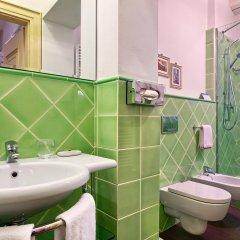 Отель Palazzo Trevi Charming House Италия, Болонья - отзывы, цены и фото номеров - забронировать отель Palazzo Trevi Charming House онлайн ванная фото 2