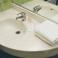 Hotel Inturprag 3* Стандартный номер с различными типами кроватей фото 9