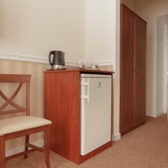 Мини-Отель Consul Стандартный номер с 2 отдельными кроватями фото 11