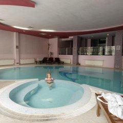 Отель Belmont Ski & Spa Болгария, Пампорово - отзывы, цены и фото номеров - забронировать отель Belmont Ski & Spa онлайн бассейн фото 2