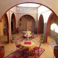 Отель Riad Tadarte Марокко, Мерзуга - отзывы, цены и фото номеров - забронировать отель Riad Tadarte онлайн интерьер отеля фото 2