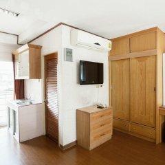 Отель The Aiyapura Bangkok 3* Улучшенный номер с различными типами кроватей фото 13